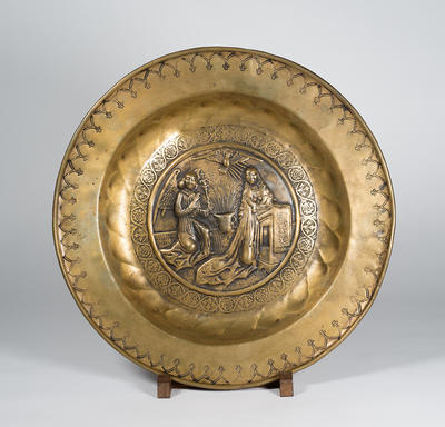 Plate with annunciation scene